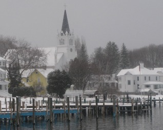 Your magical Mackinac Islnd, Michigan cross country skiing vacation.