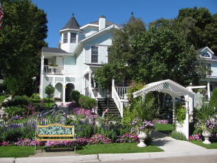 Metivier Inn Is A Classic And Terrific Bed And Breakfast On Mackinac
